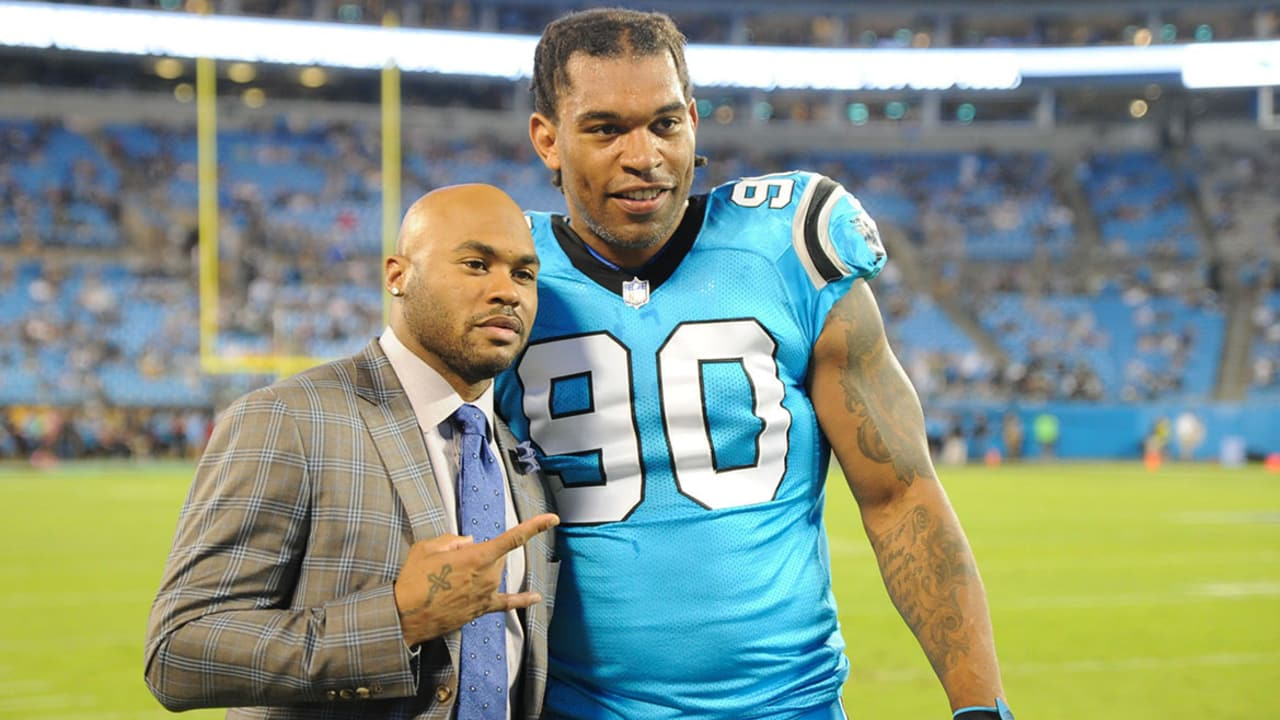8b7a20e8f Steve Smith Sr. shares stories about former teammate Julius Peppers
