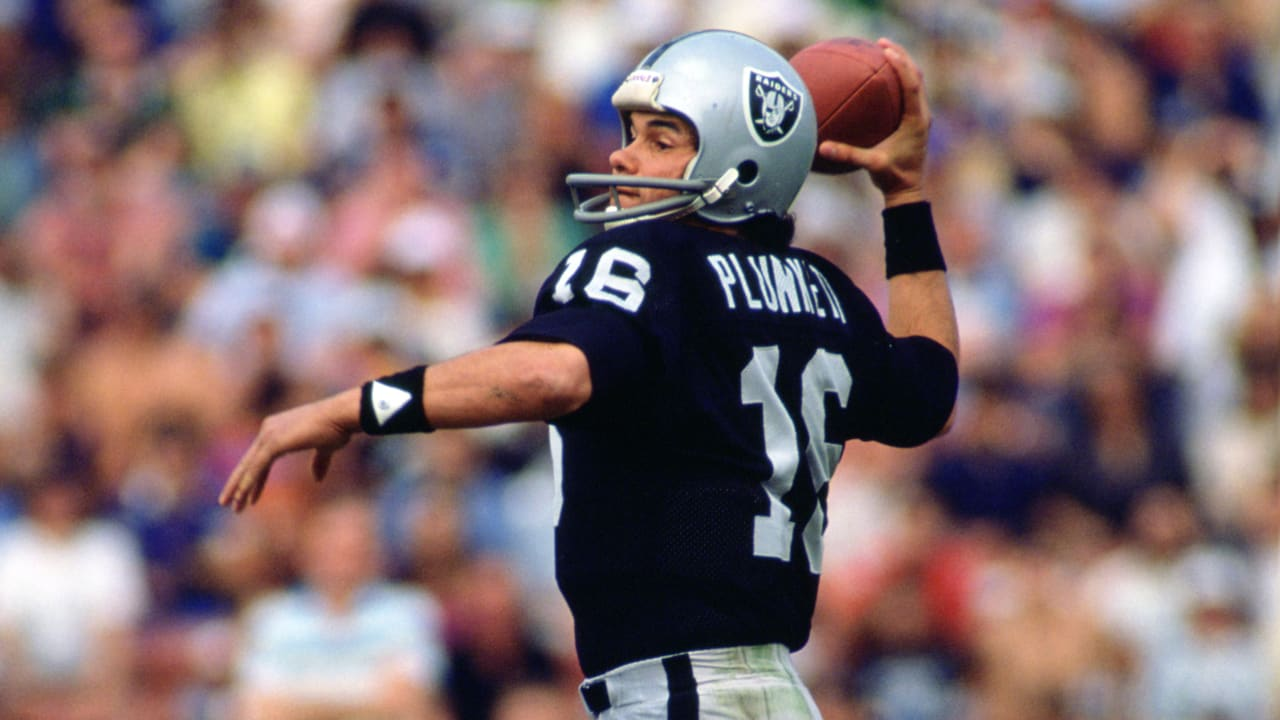 competitive price d8323 48be2 Free Agency Flashback: Jim Plunkett