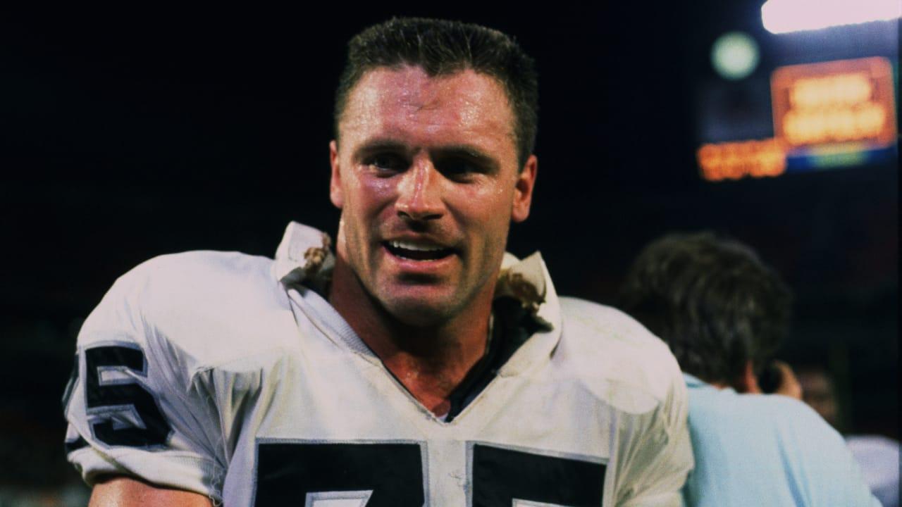 Raiders Spotlight Howie Long