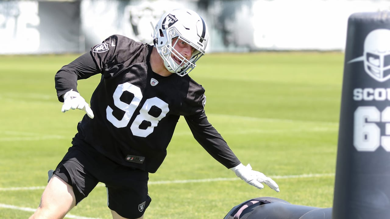 Raiders Pulse: Guenther, Hurst on rookie defensive linemen