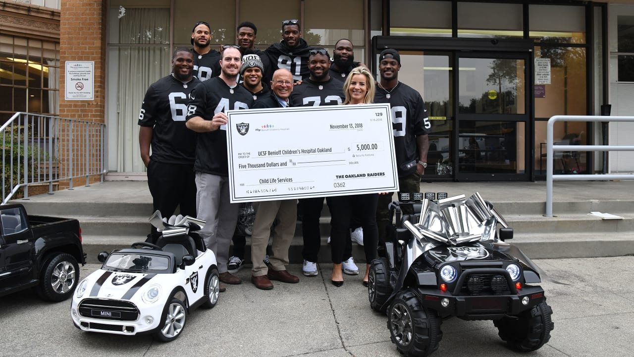Raiders Visit UCSF Benioff Children's Hospital Oakland