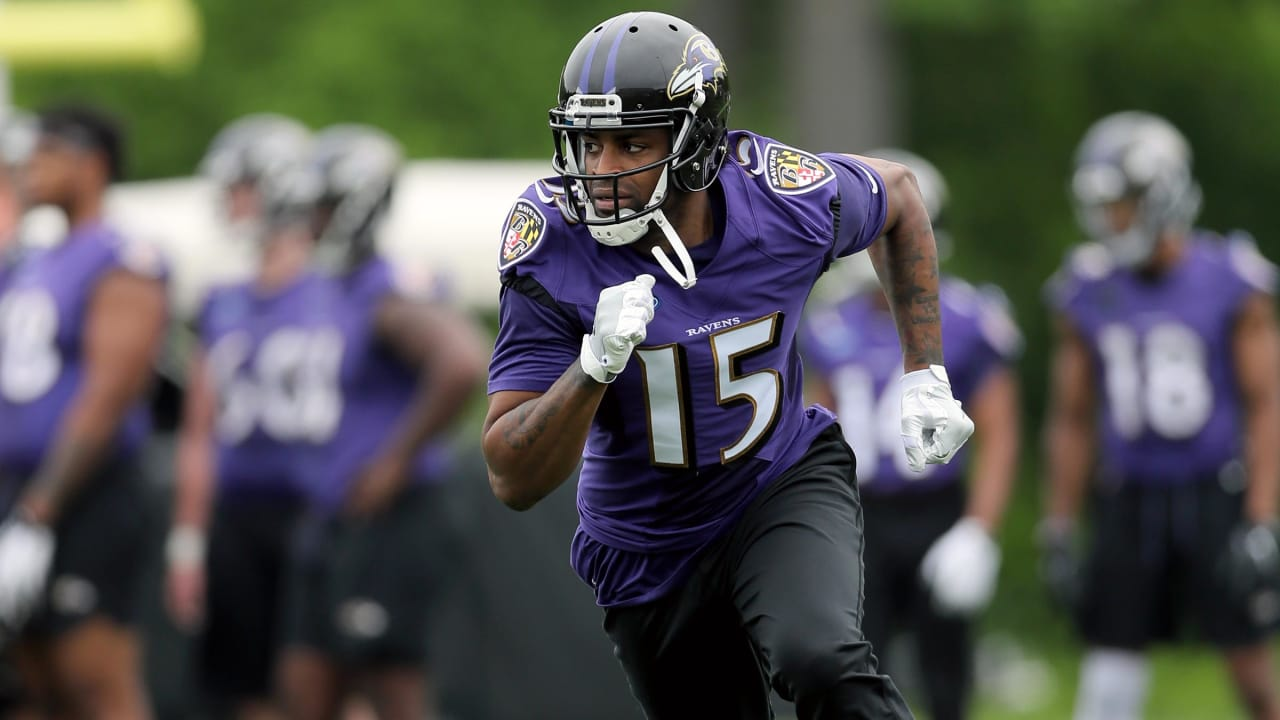 Check Out Michael Crabtrees First Ravens Practice