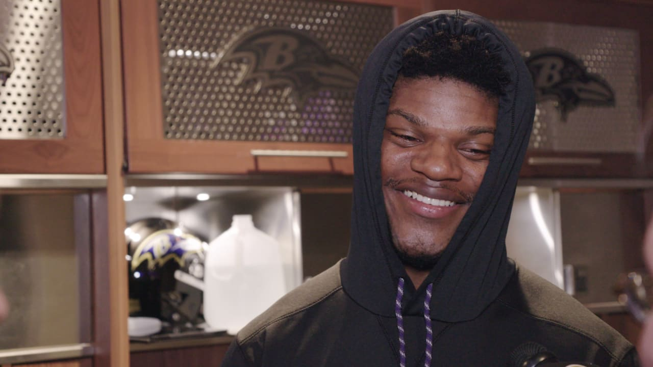 Lamar Jackson Wants Cam Newton s Jersey for His Man Cave c93dbfd8a