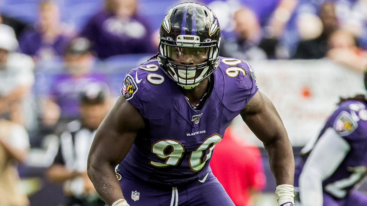 Ravens Officially Sign Pernell McPhee to Bolster Front Seven