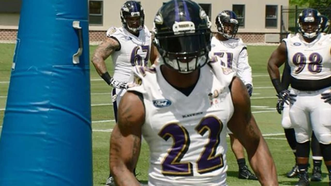 First Look  Jimmy Smith Full-Go At Practice a12bc12b6