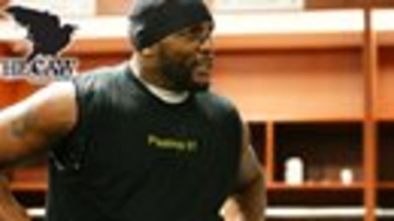 The Caw: Ray Lewis Displays Psalms 91