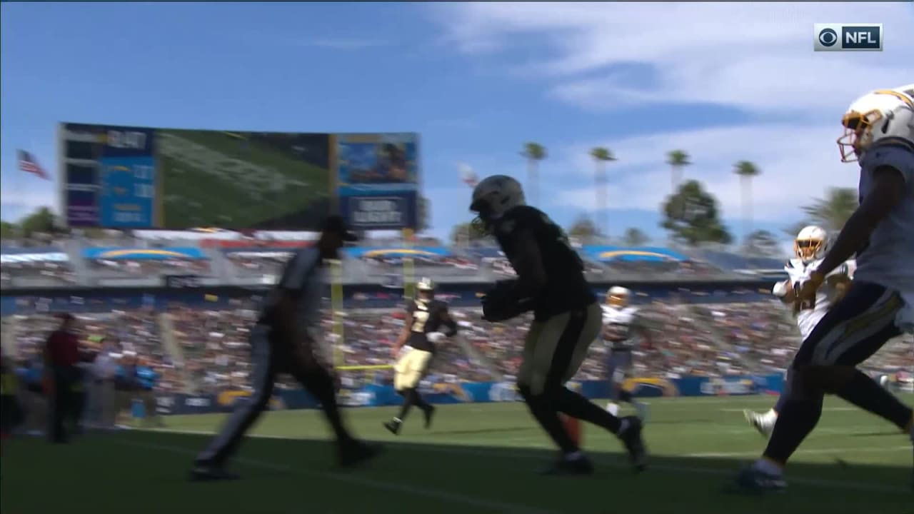 TD deliver defender pass to Hill Devine to Taysom dodges