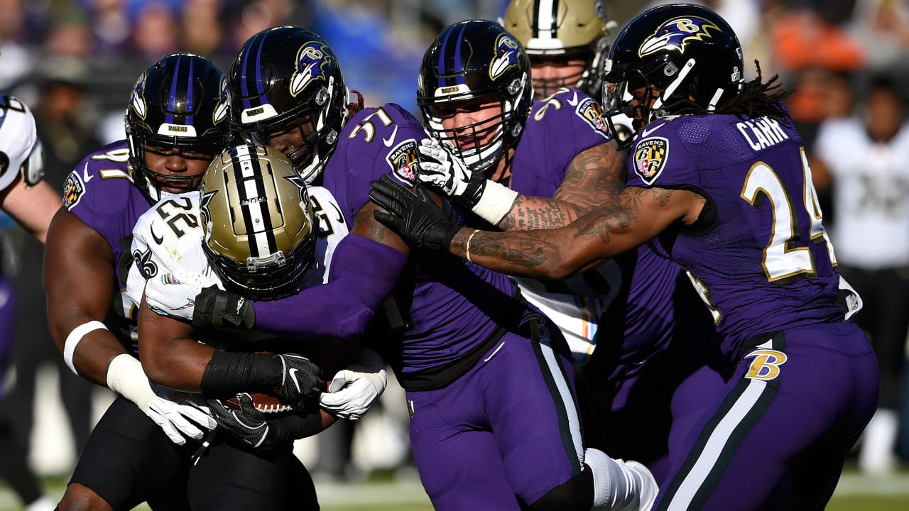 Ingram Fights Through Contact For First Down