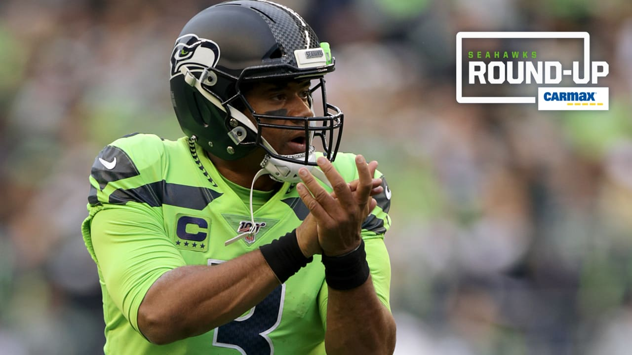 Friday Round Up Seahawks And Russell Wilson Take Home Two Good Morning Football Awards