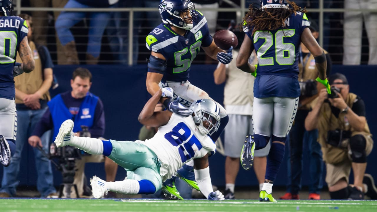 58705873aa9 K.J. Wright Makes Juggling Interception Of Dak Prescott Pass