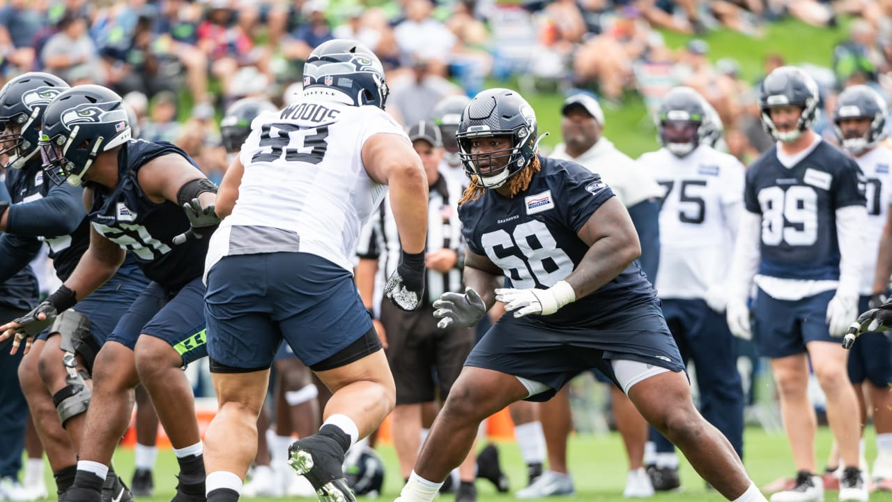 """""""Sky's The Limit"""" For Seahawks Guard Damien Lewis In Year 2 - Seahawks.com"""
