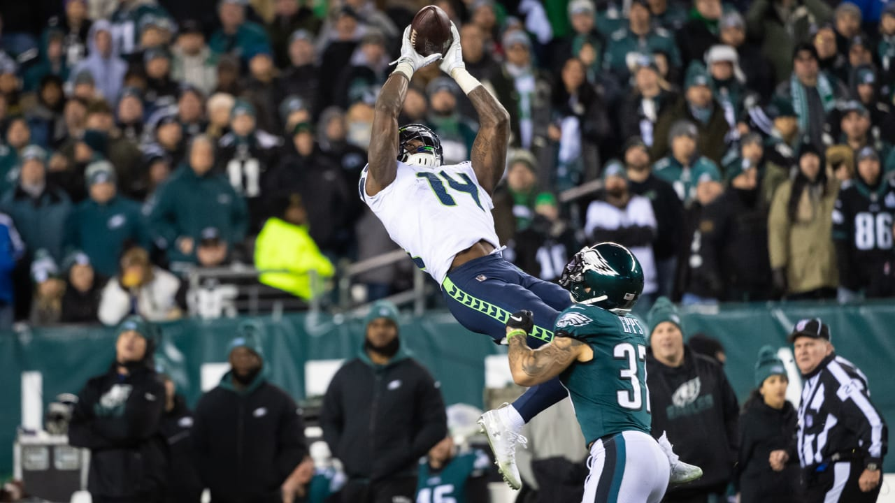 After Record Setting Playoff Debut Seahawks Wr Dk Metcalf Won T Harp On That One Moment