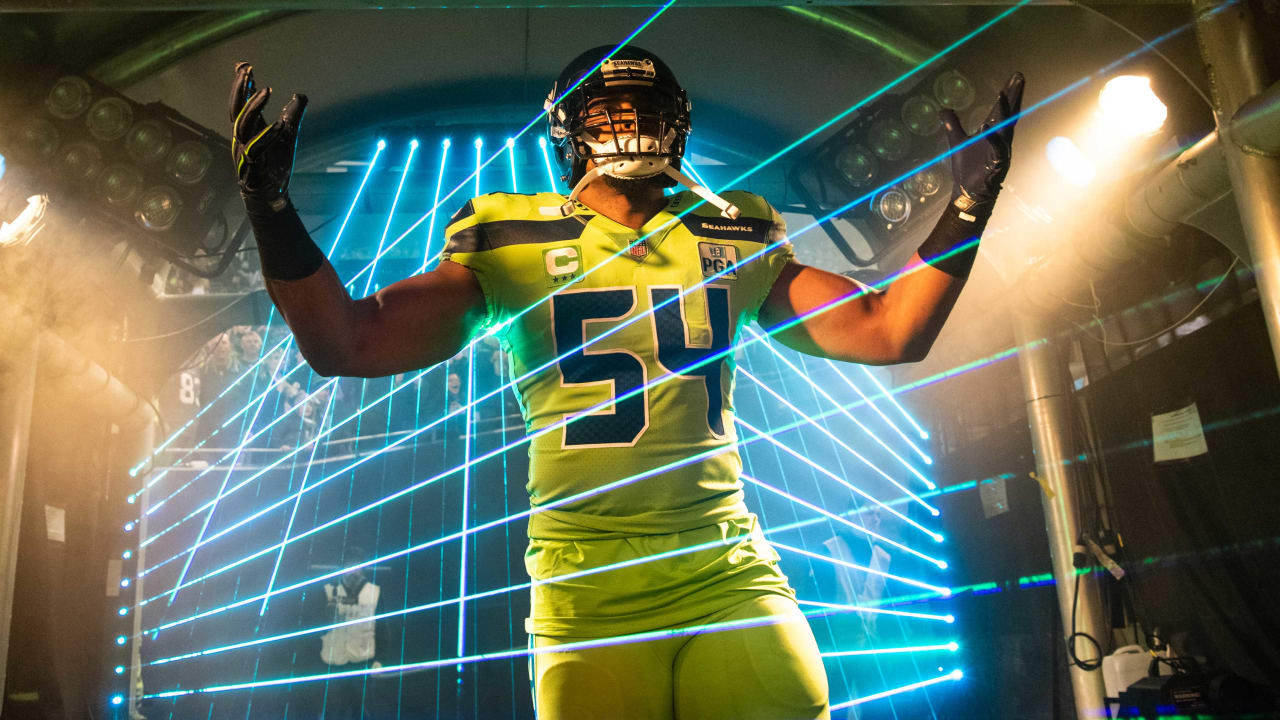 11654efc802 Bobby Wagner   Michael Dickson Named Associated Press First-Team All-Pro   Duane Brown Earns Second-Team Honors