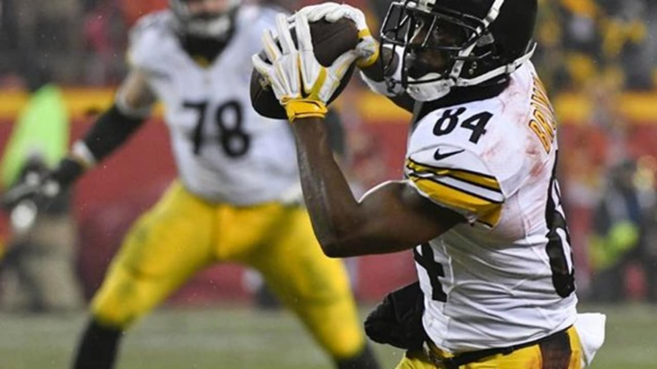 32m Followers 709 Following 909 Posts See Instagram photos and videos from Antonio Brown ab