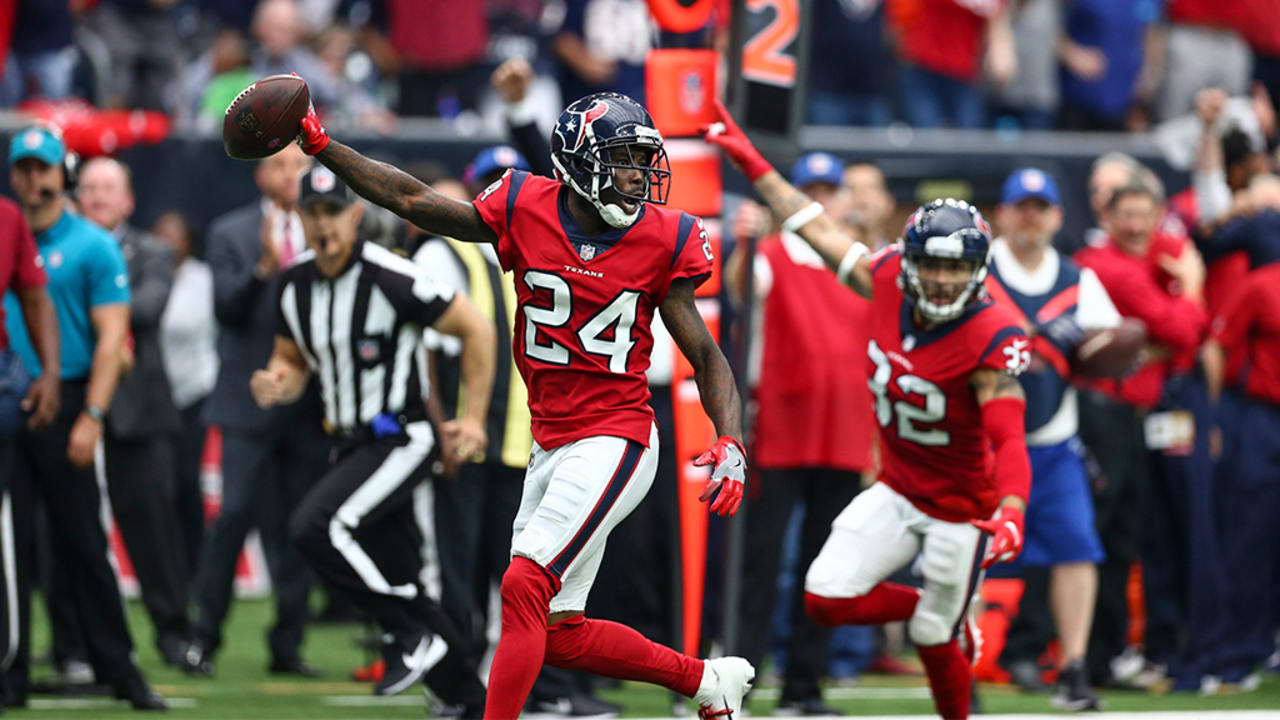 Johnathan Joseph s pick 6 helps deliver W for Texans a933e5b990aac