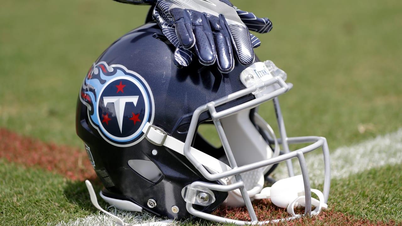 wholesale dealer 8907c 17b02 Titans Sign RB Jeremy McNichols off Broncos' Practice Squad