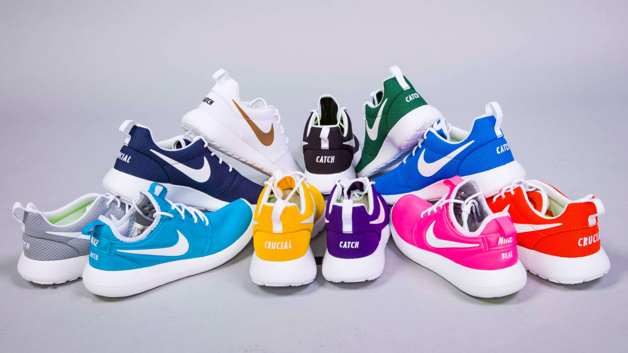 quality design 87652 22308 Vikings Crucial Catch Shoes Unite Staff in Fight Against Cancer
