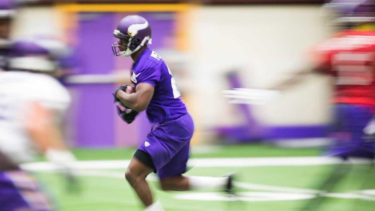 detailed look 8c628 e916e Photos: 'Best Of' The Offseason - Adrian Peterson