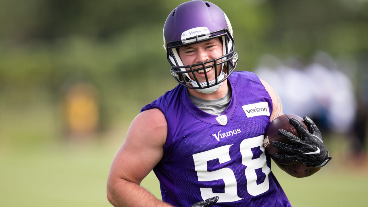 hot sales 4b43e aa9bc 2-Minute Drill: Get to Know Vikings LB Garret Dooley