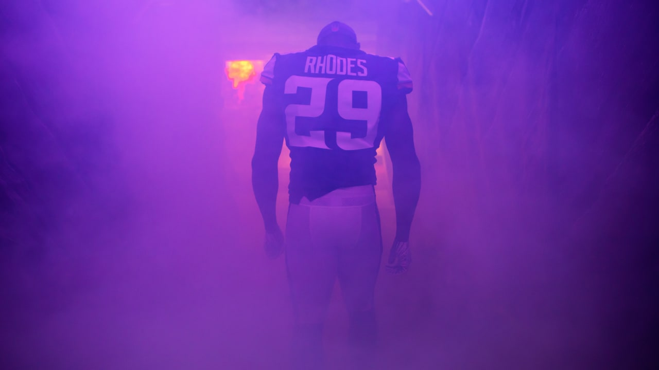 hot sale online ab087 0f417 Xavier Rhodes: Emerging from the Shadows
