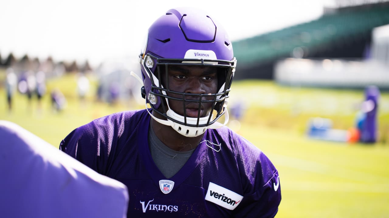 ad314f7f 2-Minute Drill: Get to Know Vikings T Oli Udoh
