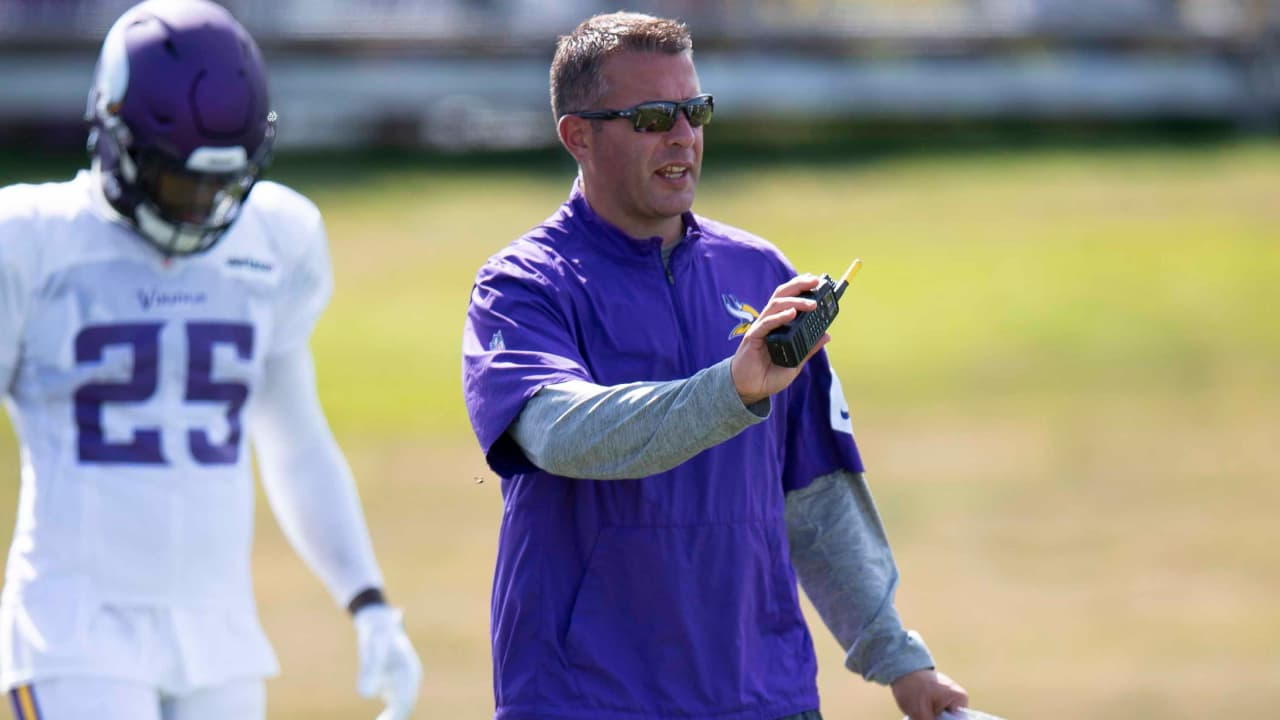 823d22b2 Wired For Sound: Offensive Coordinator John DeFilippo