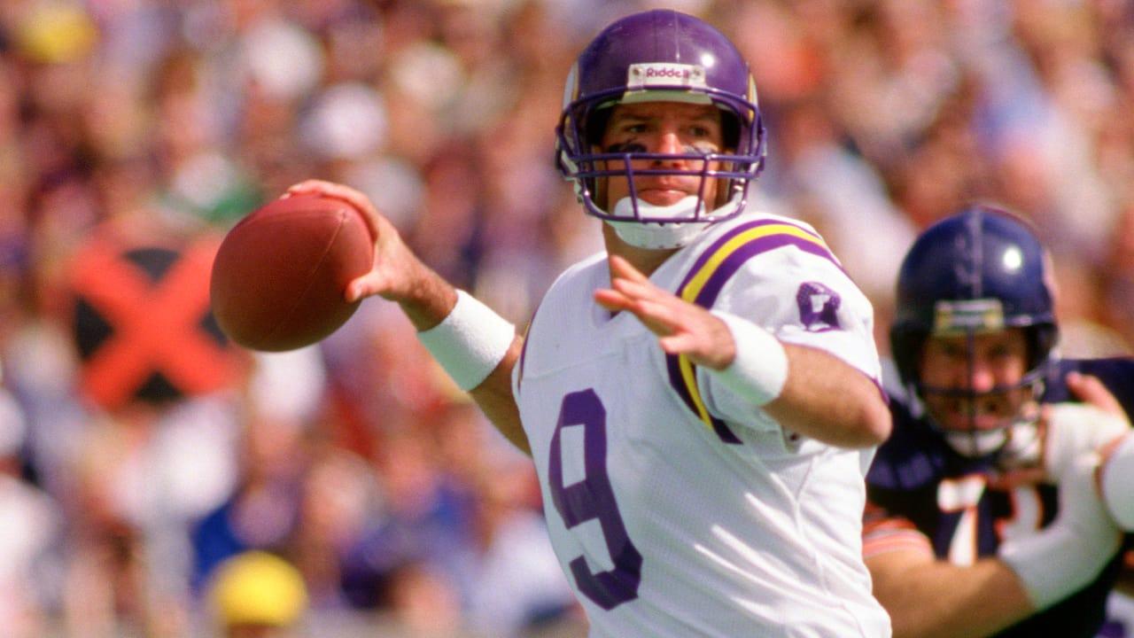 Lunchbreak  Vikings Legends Make Super Bowl Sunday Surprise Visits 14d77940c