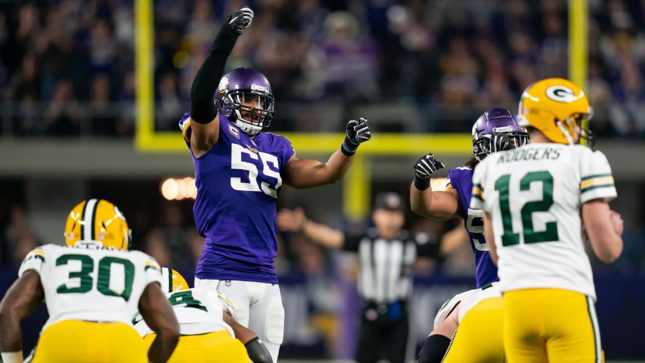 Week 8 NFL Betting Picks: Vikings at Packers