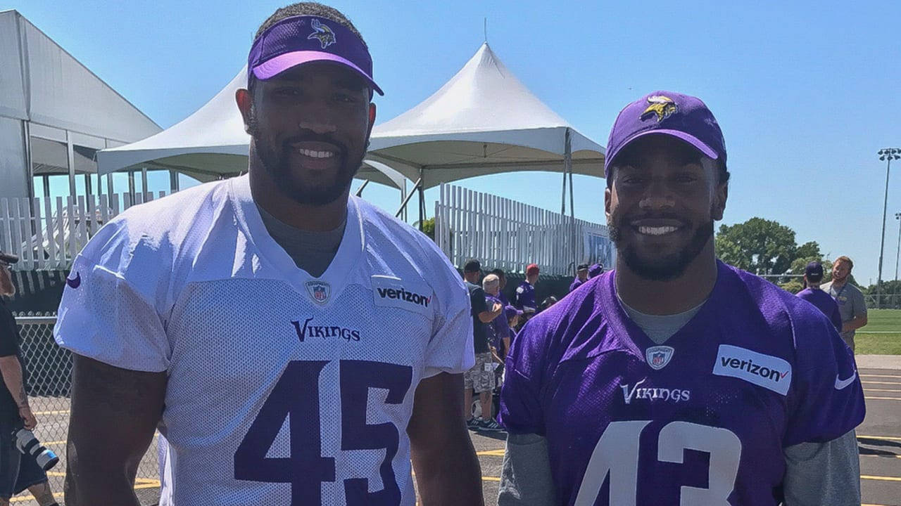 size 40 42c09 0912c Sankey Cousins Meet for 1st Time as Vikings in Mankato