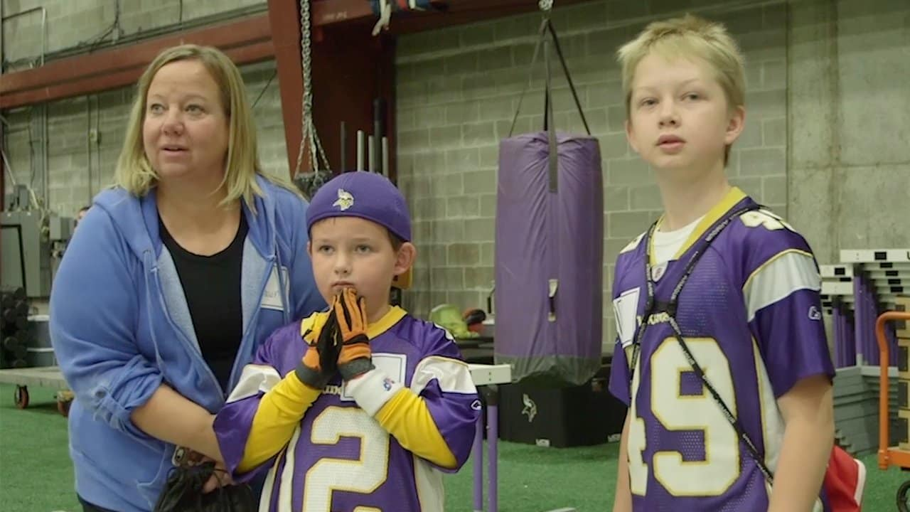 128398465 Vikings Welcome Officer Bill Mathews  Family to Winter Park