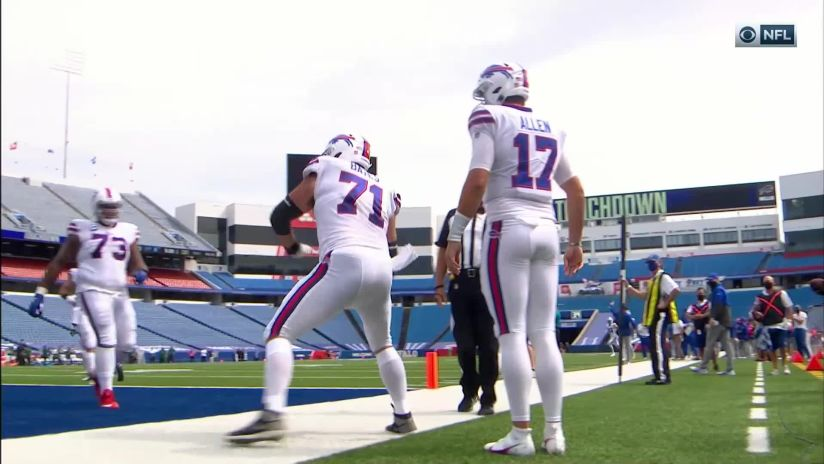 Josh Allen rushes for a two-yard touchdown in Bills vs. Jets