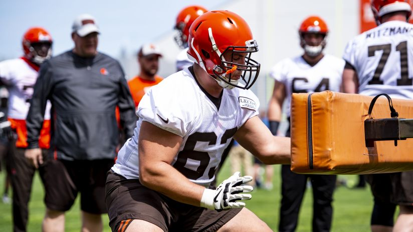 38193613f7a0f Guard Austin Cobert (63) during the second practice of OTAs on May 15