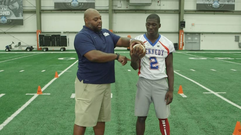 5 point ball security  PlayFootball Tip of the Week 863ebfd4c