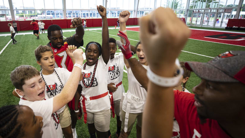 b7a48623 Buccaneers Community | Youth Programs | Tampa Bay Buccaneers ...