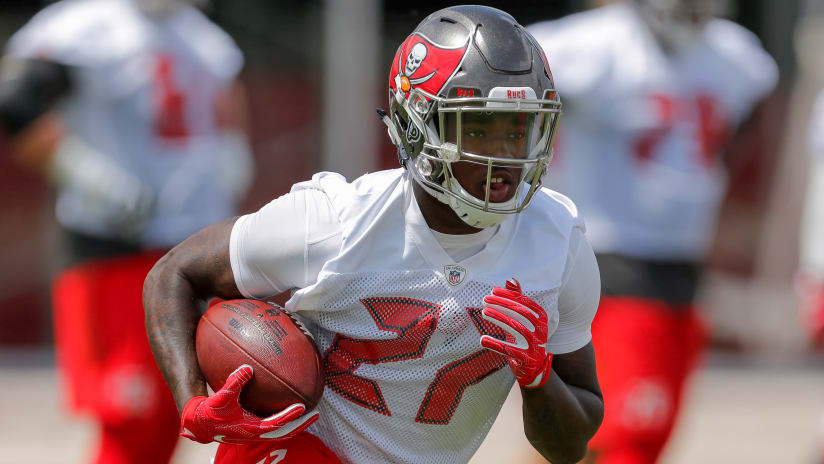 e812fe91 5 Bucs to Watch During Training Camp: Offense