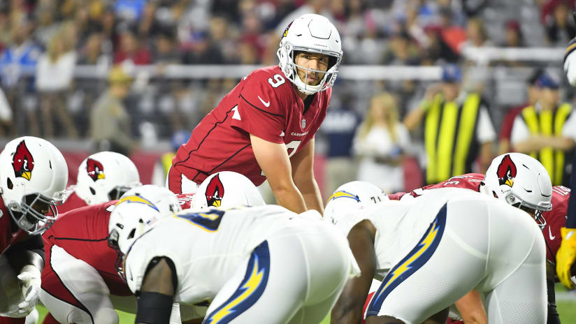 QB Sam Bradford hopes to avoid injury in his first season with the Cardinals . ee4544f23