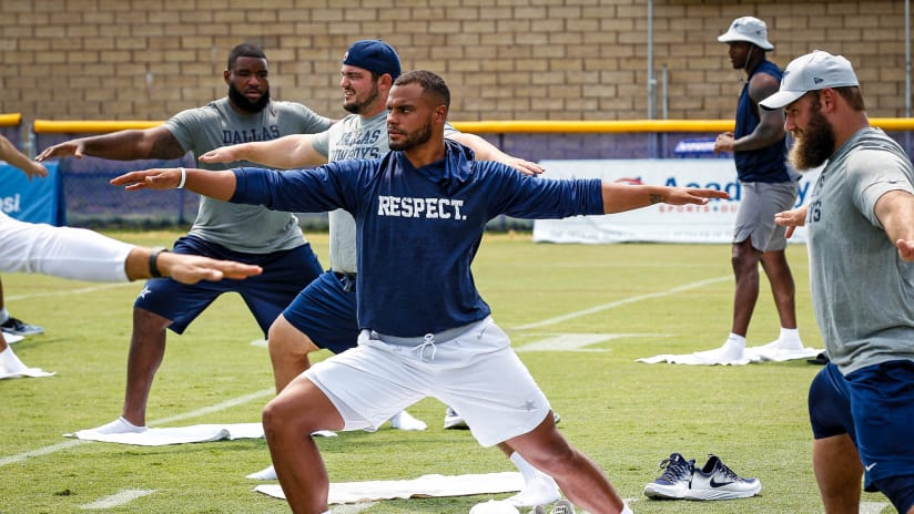 1c24c232d 28 July 2018  Views of team yoga of the Dallas Cowboys during training camp  at