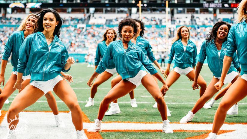 kaum legal teen cheerleader