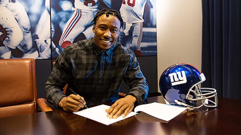 new concept a8c3f 89706 New York Giants sign WR Brandon Marshall