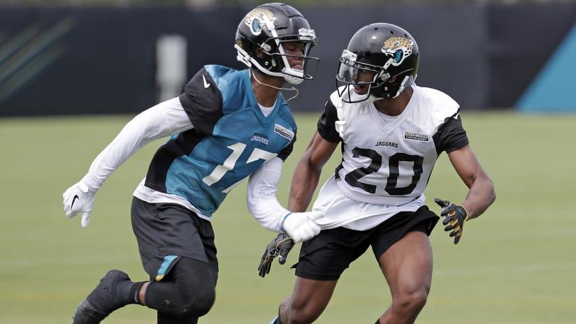 Jacksonville Jaguars cornerback Jalen Ramsey (20) covers wide receiver DJ  Chark (17) 1b1ddc68f