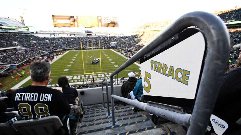 JACKSONVILLE, FL   DECEMBER 10: The Jacksonville Jaguars Host The Seattle  Seahawks At EverBank