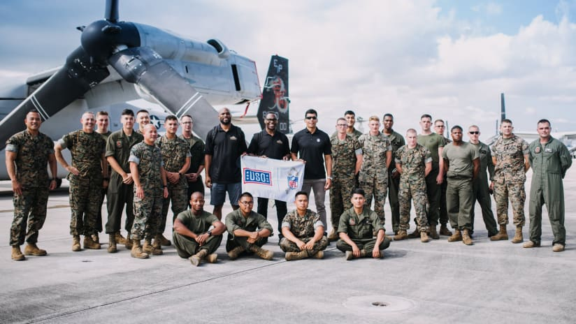 Tony Richardson Says Thanks to Service Members on NFL Legends USO Tour 48b8a75ea