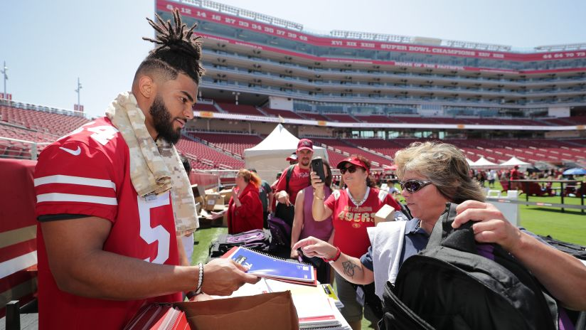San Francisco 49ers Assemble Backpacks for Children in Need