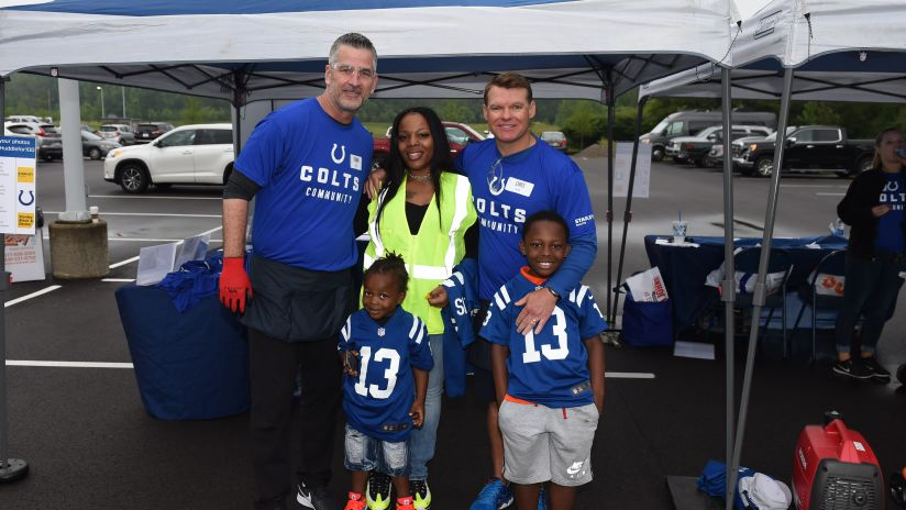 Indianapolis Colts Team Up with Habitat for Humanity