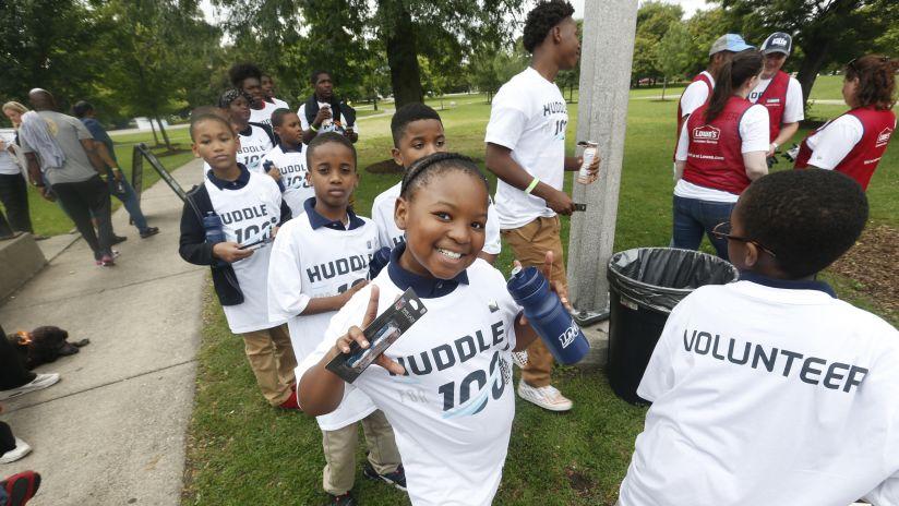 Huddle for 100 Celebrates 2019 Kickoff at Douglas Park in Chicago