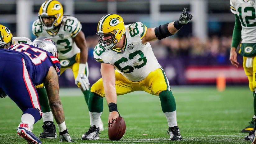 Corey Linsley is 'coming into his own as a player'