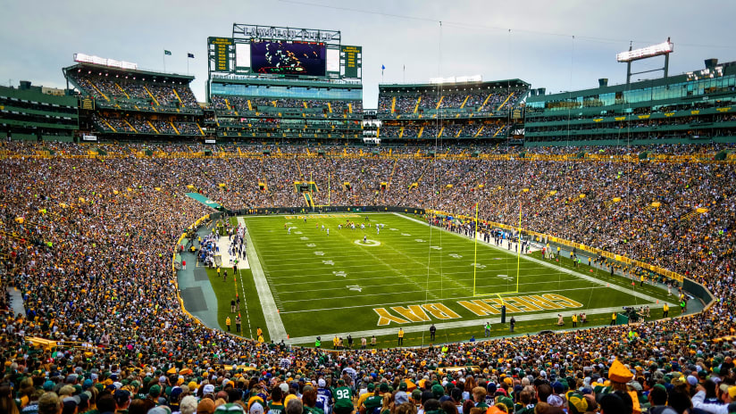 Lambeau Field ready for Packers-Dolphins game f9e61def1