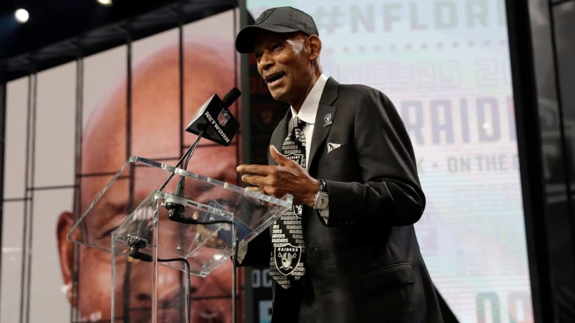 Willie Brown Announces The Raiders Select P.J. Hall In The 2018 NFL Draft d7688bc86
