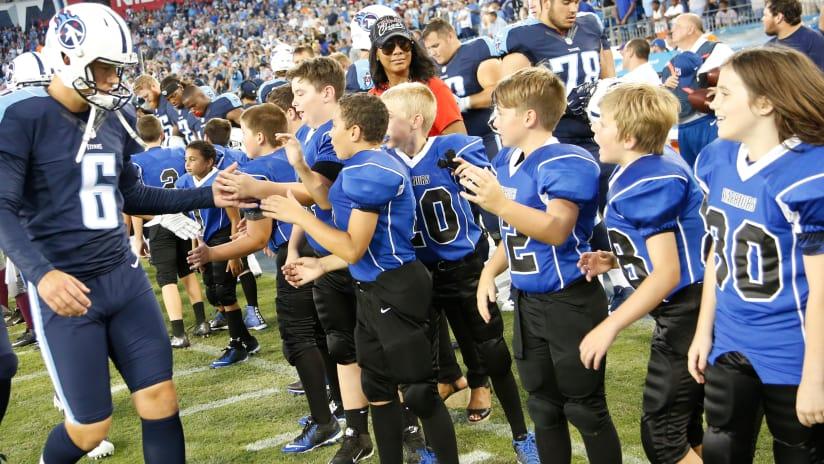 Titans Usa Football Award Grants To Local Youth Football Programs