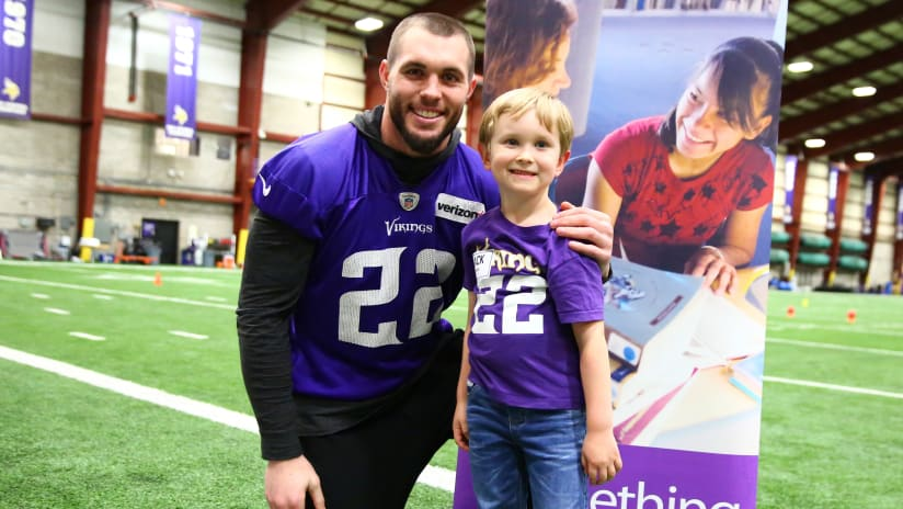 Harrison Smith Racks Up Tackles 7f8d9e166